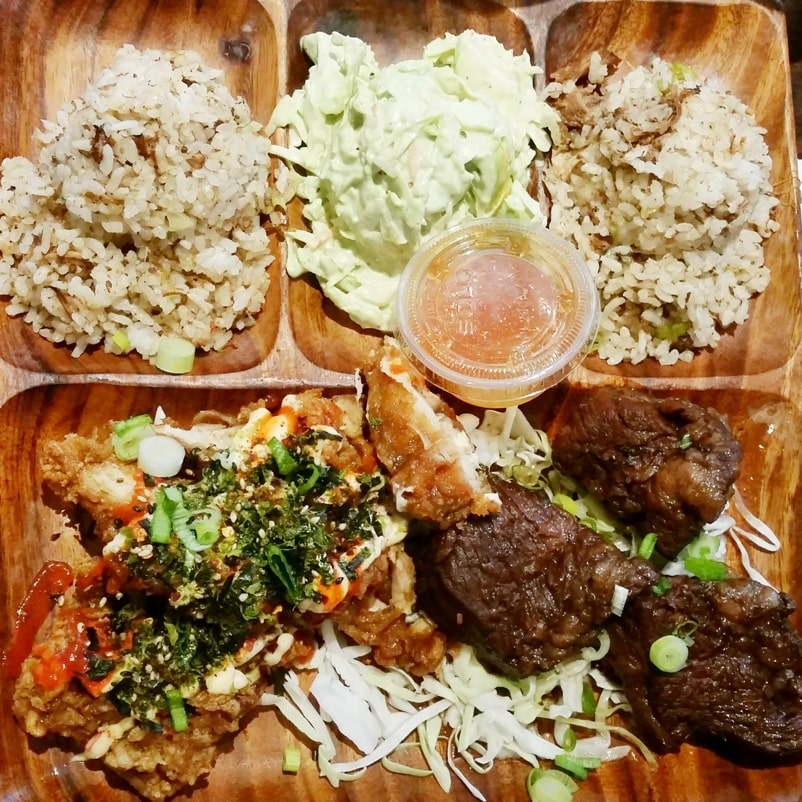MENU Broke da mouth grindz 🌴 Cost of food and drinks in Kona restaurant  Big Island 🌴 Hawaii travel blog   Flashpacking America